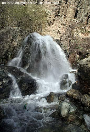 Během stoupání byly kvidění pěkné a vydatné vodopády