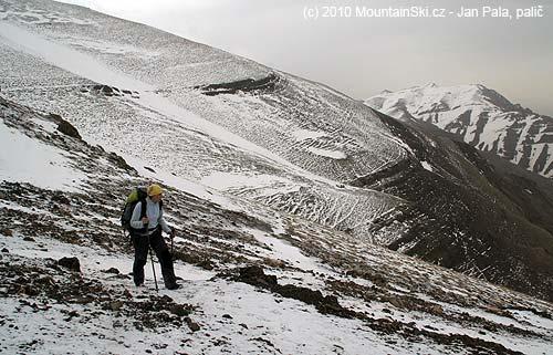 Výška asi 3300metrů během úterního výstupu na Tochal
