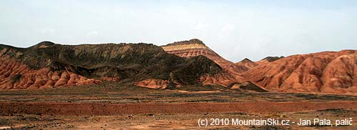 Geologové by měli radost– různé vrstva a různé barvy