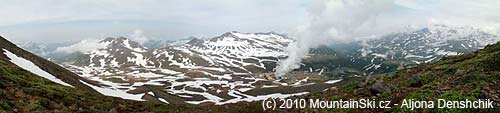 Panorama voblasti vulkánu Mutnovskij