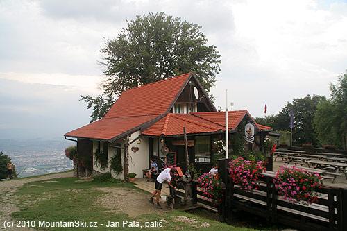 Malá útulná chata Luka