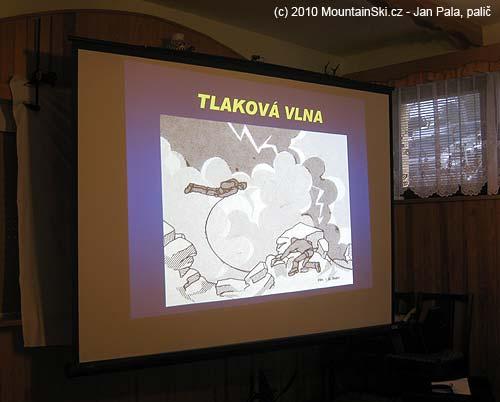 Martin Honzík přednášel oproblematice blesků vhorách, a vylepšil to ořadu zajímavých příkladů zpraxe