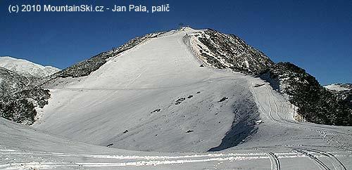 Nejvyšší vrchol střediska– 1970m vysoký Zvoh
