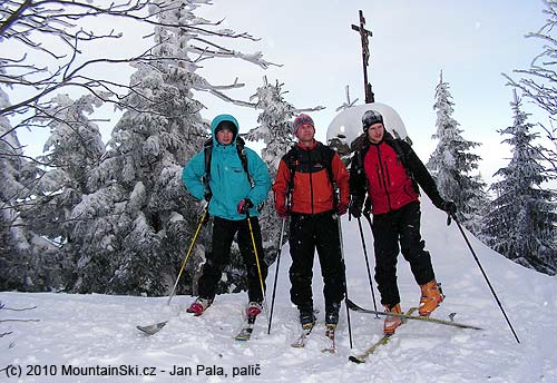 Three strong guys from Hutisko and Valasske Mezirici at the summit of Kněhyne