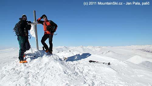 Ve výšce 3550m na vrcholu Ishkhanasar