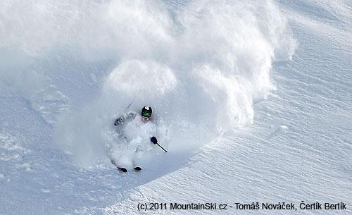 Opravdu hodně hodně sněhu, na fotce Vaněc