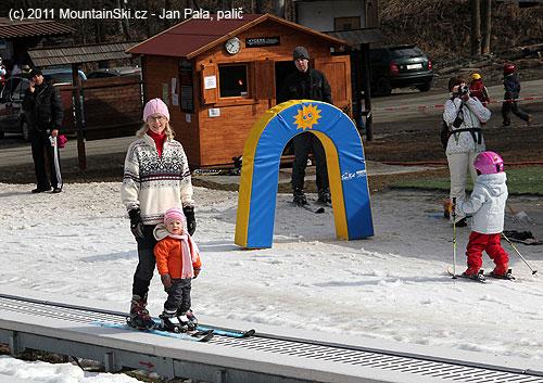 Nejlepší vlek pro děti– pojízdný pás