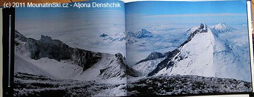 Výhled na druhý nejvyšší kamčatský vulkán Kameň ze svahů Ključevskoj