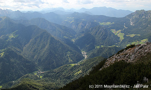 Dále Savinjskou dolinou kLogarské dolině