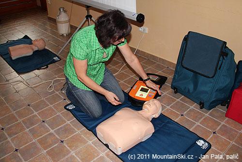 Jana Kubalová při resuscitačním workshopu