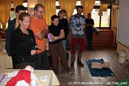 Část účastníků resuscitačního workshopu