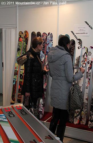 Freeridová kolekce lyží zaujala ityto slečny