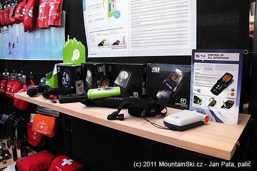 Kompletní nabídka lavinových vyhledávačů Ortovox na stánku Summitride