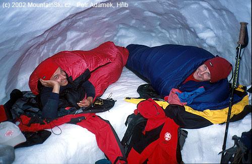 Dobrou noc a krásné sny pod vulkánem Kozelskij