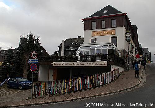 VOberwiesenthalu mají lyžařské ploty