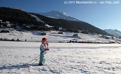 Na hlavní běžkařské pláni vLivignu, vpozadí Valvin Della Neve 2785m