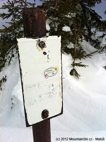 Takato skromna tabulka oznacuje mekku slovenskeho lesneho freeridingu