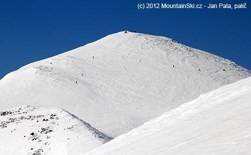 Velký Kriváň, davy skialpinistů a pěších turistů