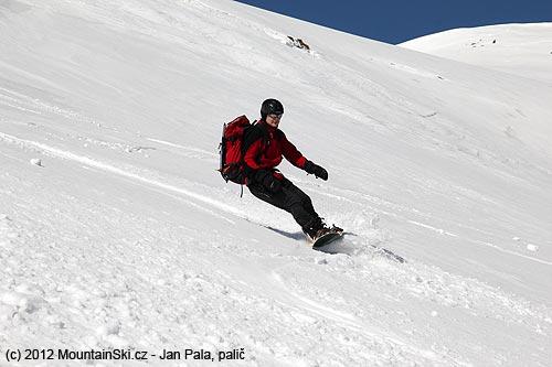 Jediný snowboardista co jezdí snámi– Mišo
