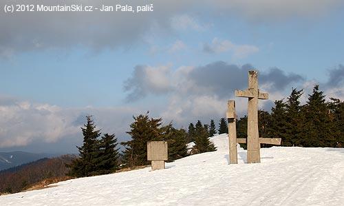 Památník na Stratenci