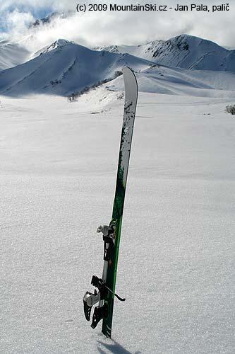 Diamir Eagle na lyžích Movement Iki