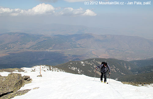 Dušan kousek pod vrcholem 2468metrů
