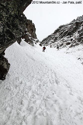 Další stoupání na lyžích skrz Flašku
