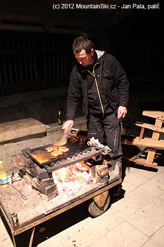Úprava masa na ohni
