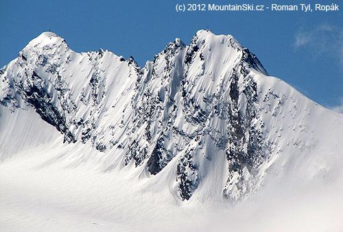 Vlevo jižní vrchol a vpravo severní vrchol Hochwilde
