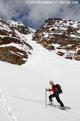 Kledovci padají zhřebene lyžařský zajímavé žlaby