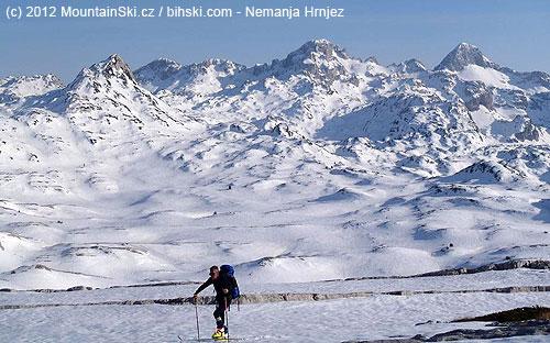 Počasí a výhledy dokonalé, co si více na skialpu přát?