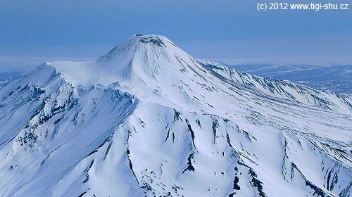 Avačinskaja je sopečný kužel vyrostlý uvnitř kráteru zdávnéerupce