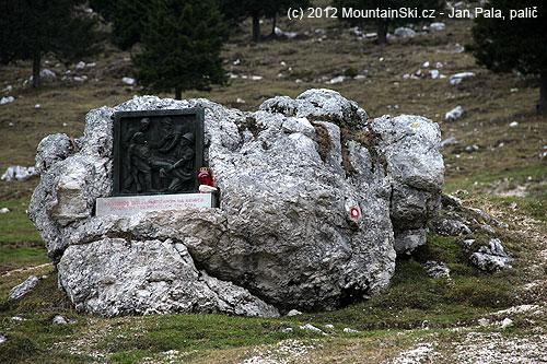 Pomník partyzánům na Krške planině