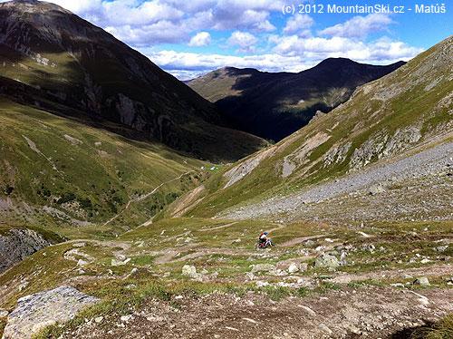 Kruté stúpanie kjazeru Lach dal Mont