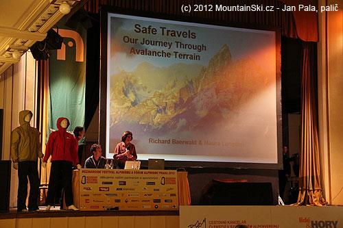 Začátek výborné přednášky srozborem řady lavinovýchnehod