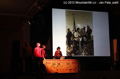 Správné old-school vybavení maníka, co první sjel na lyžích GrandTeton