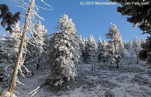 Sněhové podmínky mají do ideálních dost daleko