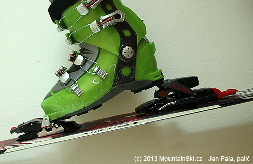 Second uphill position of the heel support – adjustment by ski-pole