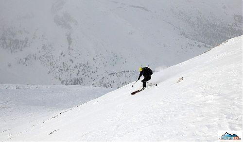 Downhill above plateau