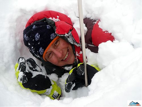 Happily dig out woman