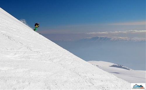 Skiing in Macedonia