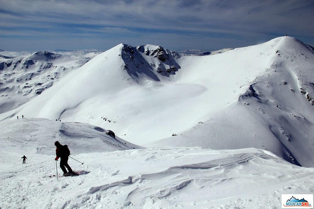 Mountainski eu: Ski-touring & snowboard trip to Titov vrv