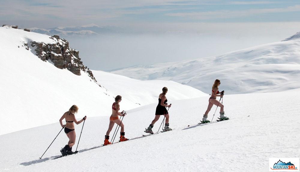 Mountainski eu: Ski-touring & snowboard trip to Titov vrv (2748 m