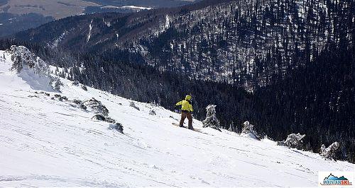 ...a snowboardu