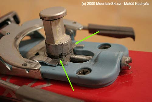 Savage genius working principles beads arrows indicate the latches that hold the brake