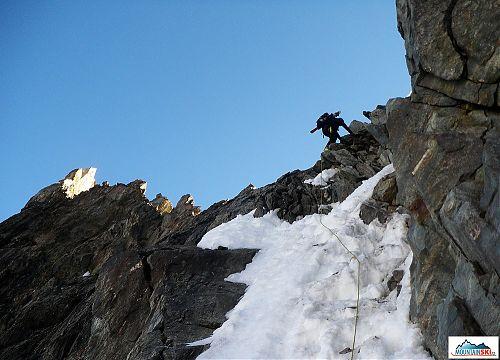 Markéta S. - Zdeněk pulled a cord into the saddle under Mont Vélan