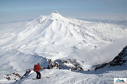 Mirka Kuchyňová skiing from volcano Koryaksky