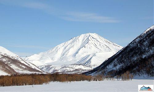 Vulkán Bakening 200 km od Petropavlovska-Kamčatského