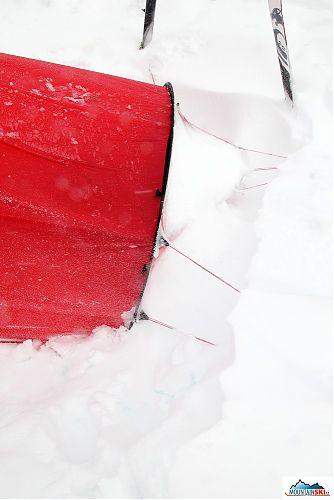 Když sněží vodorovně - už odkopaná předsíň stanu Hilleberg Nallo 2 GT