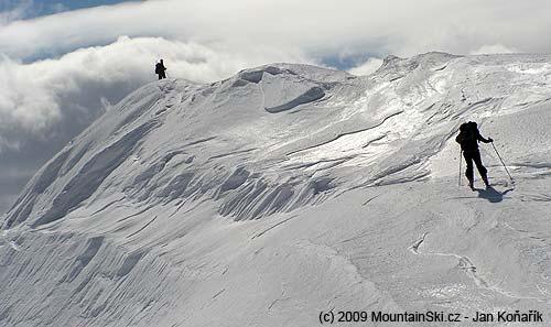 Pěkně modelovaný sníh vTreskavici